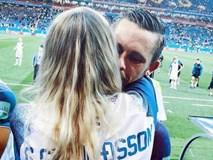Chàng là cầu thủ điển trai, nàng là hoa hậu xinh không tỳ vết, hai người được ví như cặp Victoria – Beckham của đất nước Iceland