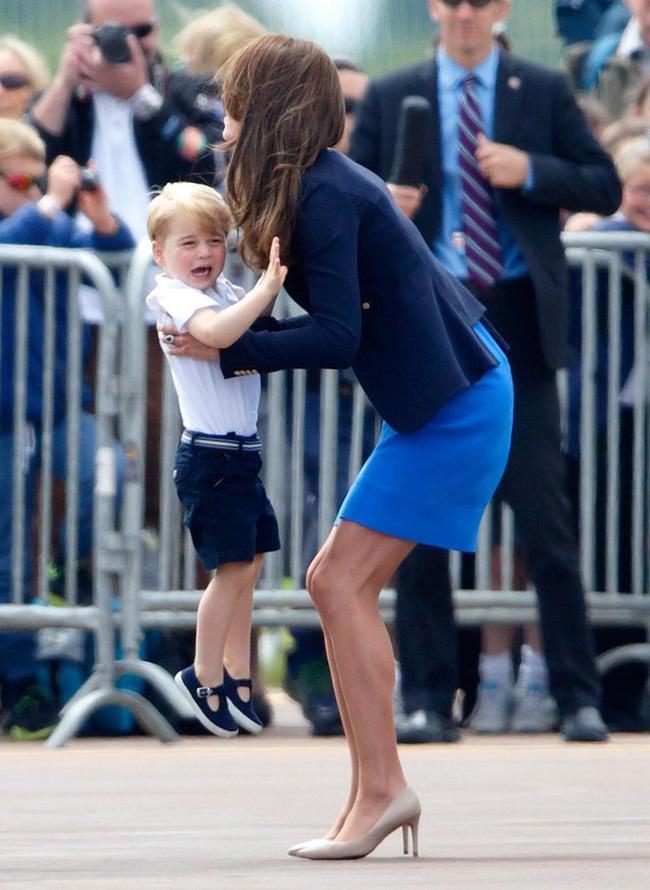 Đây là việc Công nương Kate Middleton luôn làm mỗi khi con mè nheo, cáu gắt và nó thực sự hiệu quả-1