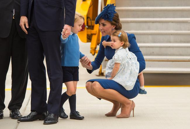 Đây là việc Công nương Kate Middleton luôn làm mỗi khi con mè nheo, cáu gắt và nó thực sự hiệu quả-3