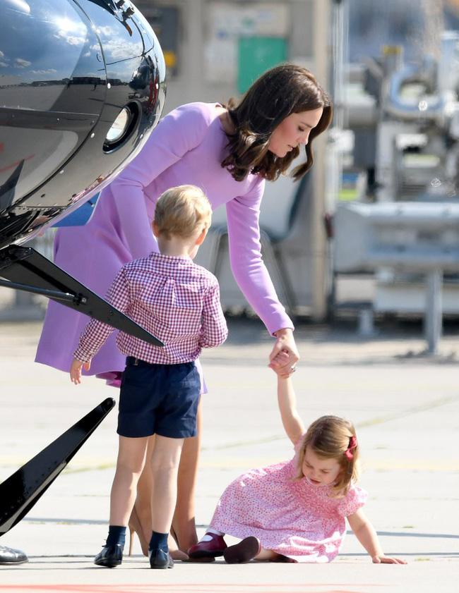 Đây là việc Công nương Kate Middleton luôn làm mỗi khi con mè nheo, cáu gắt và nó thực sự hiệu quả-7