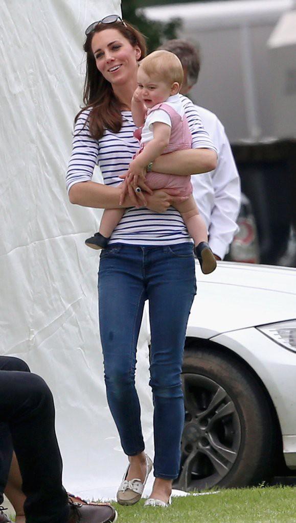 Đây là việc Công nương Kate Middleton luôn làm mỗi khi con mè nheo, cáu gắt và nó thực sự hiệu quả-8
