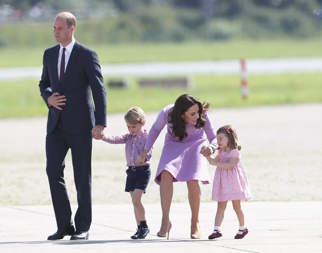 Đây là việc Công nương Kate Middleton luôn làm mỗi khi con mè nheo, cáu gắt và nó thực sự hiệu quả-9