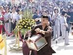 Hé lộ thông tin về nam thanh niên sốt sắng giúp việc chùa rồi ôm hòm công đức mất tích-4