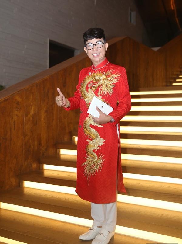 Chỉ là đi dự tiệc cưới thôi, nhiều sao Việt bị chỉ trích vì vô tâm lên đồ lấn lướt cả cô dâu - chú rể-2