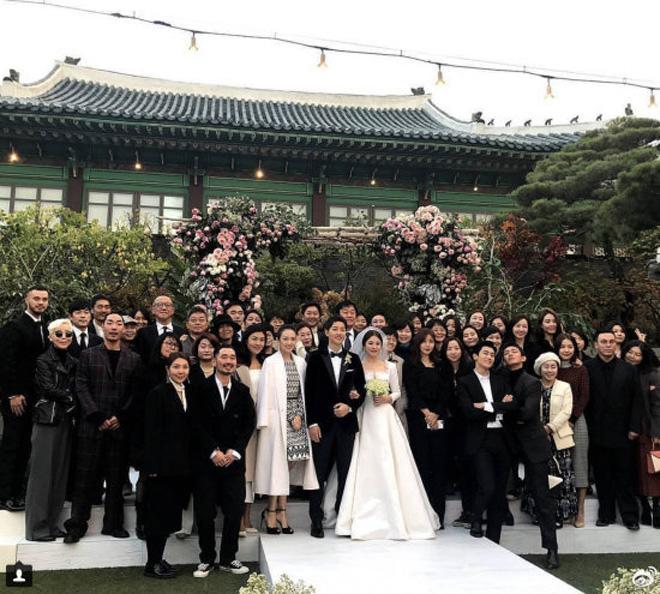 Chỉ là đi dự tiệc cưới thôi, nhiều sao Việt bị chỉ trích vì vô tâm lên đồ lấn lướt cả cô dâu - chú rể-13
