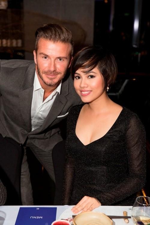 Những lần David Beckham gây bão khi sánh vai bên các mỹ nhân Việt đình đám-10