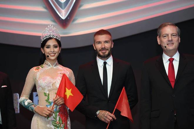 Những lần David Beckham gây bão khi sánh vai bên các mỹ nhân Việt đình đám-2