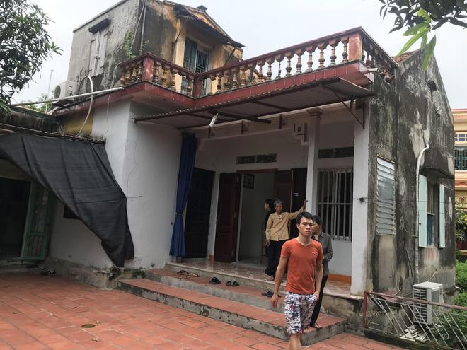 Con gái nạn nhân bị cần trục rơi trúng tử vong ở Hà Nội: Mẹ đang trên thiên đàng-2