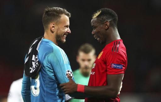 Man Utd chia điểm trong trận cầu không bàn thắng trước Valencia-2