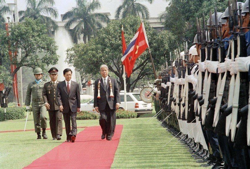 Hình ảnh nguyên Tổng bí thư Đỗ Mười cùng lãnh đạo các nước-4