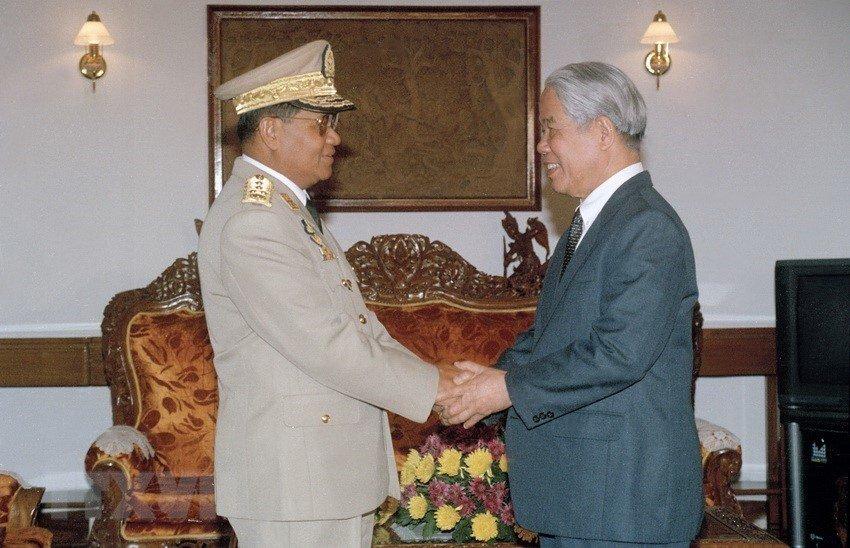Hình ảnh nguyên Tổng bí thư Đỗ Mười cùng lãnh đạo các nước-12