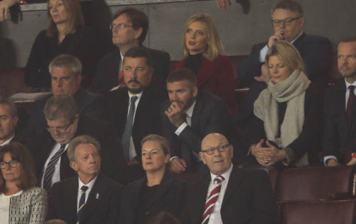 Beckham trầm ngâm nhìn MU đánh rơi điểm trên sân nhà-5