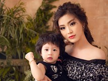 Hai mẹ con Á hậu Diễm Trang hóa hình tượng nữ thần trong bộ ảnh đón tuổi mới của bé Julia