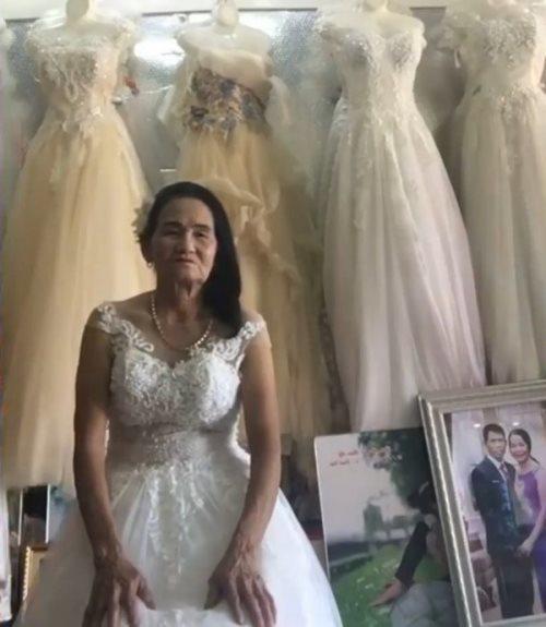 Cụ bà 70 tuổi đi thử váy cưới khiến dân mạng xôn xao và sự thật bất ngờ-1