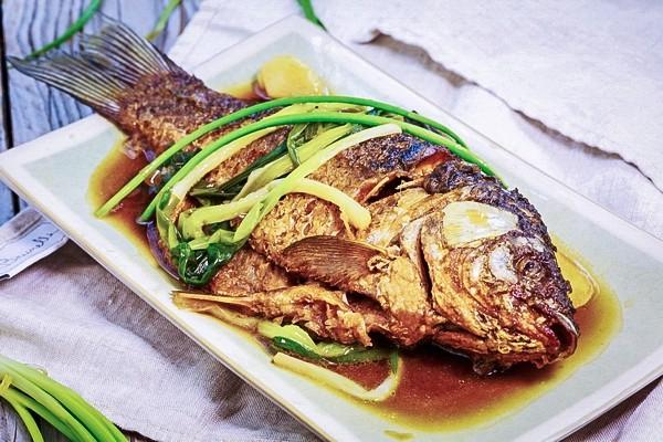 Từ khi được đầu bếp chỉ giáo, tôi có thêm bí kíp làm món cá chép ngon đến không ngờ này mà cách làm lại vô cùng đơn giản-1