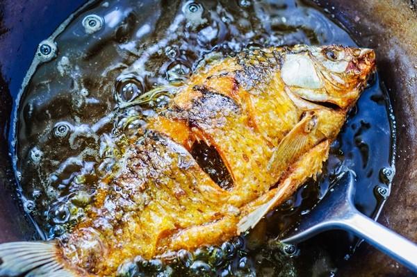 Từ khi được đầu bếp chỉ giáo, tôi có thêm bí kíp làm món cá chép ngon đến không ngờ này mà cách làm lại vô cùng đơn giản-4