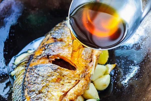 Từ khi được đầu bếp chỉ giáo, tôi có thêm bí kíp làm món cá chép ngon đến không ngờ này mà cách làm lại vô cùng đơn giản-6