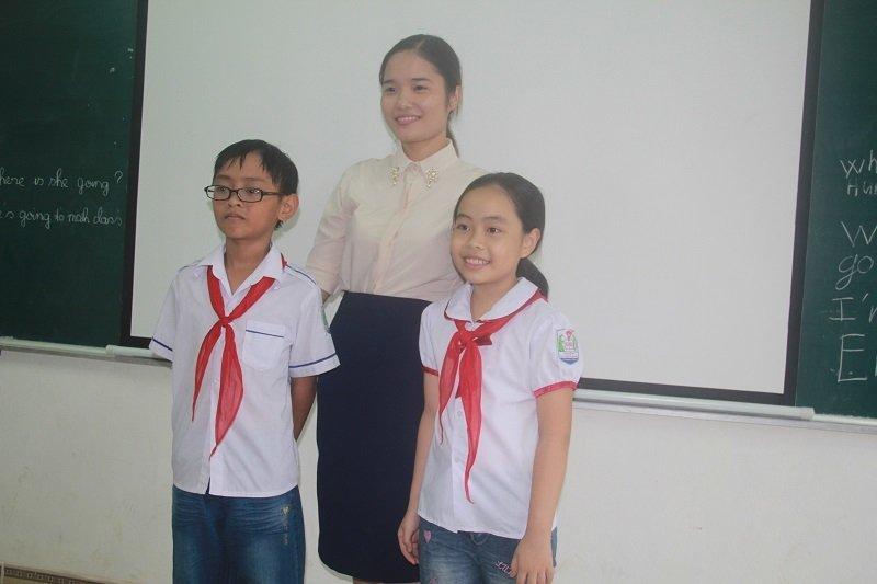 Gặp 2 học trò quê nói tiếng Anh nức lòng mạng xã hội-3