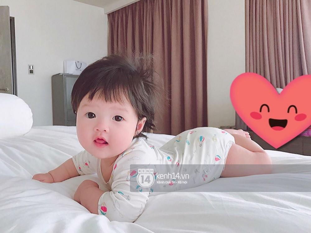 Đặng Thu Thảo khoe khoảnh khắc bình yên bên con gái 6 tháng tuổi-4