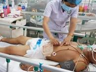 Người đàn ông ở Đồng Nai bị cắt ngang bụng, thủng ruột kinh hoàng do máy cưa vướng vào áo