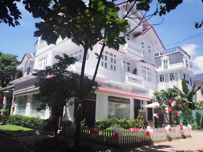 Cuộc sống của Vy Oanh và chồng đại gia trong căn biệt thự triệu đô-2