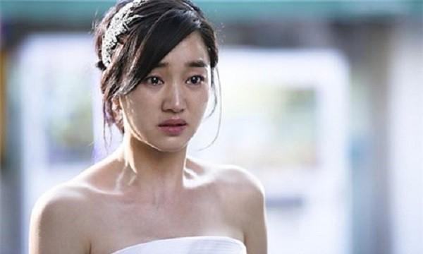 Cô dâu tuyên bố hủy hôn trước mặt hai họ vì chú rể thốt ra câu nói với một vị khách đặc biệt-1