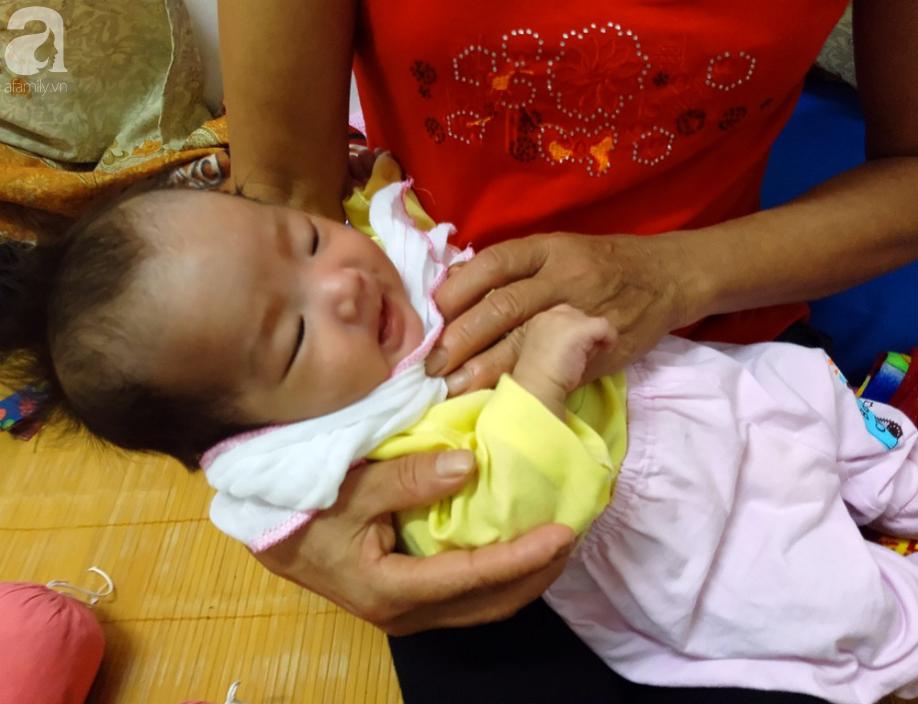 2 bé sơ sinh của bà mẹ trẻ đột tử sau khi tắm đêm ở Tuyên Quang nhận được 140 triệu đồng ủng hộ-2