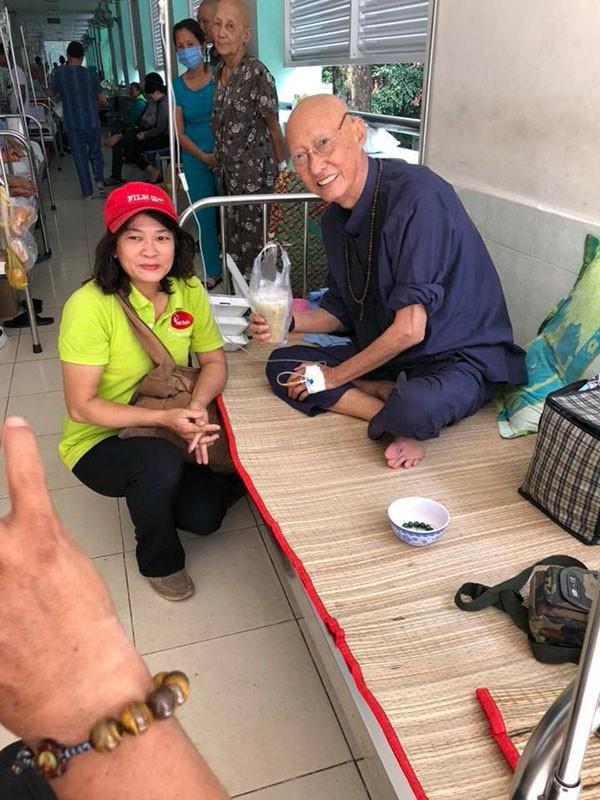 Xót xa với hình ảnh gầy gò của nghệ sĩ Lê Bình sau khi điều trị ung thư-2