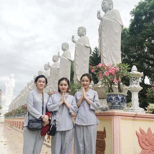 Lý do nào khiến Nguyễn Thị Hà xuống tóc, Việt Trinh và nhiều mỹ nhân Việt tìm cửa Phật?-5