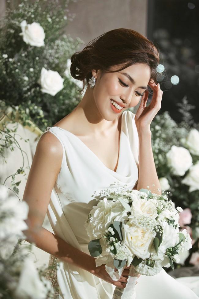 4 cô dâu đẹp nhất Vbiz năm 2018: Mỗi người một vẻ nhưng vẫn có điểm chung nhan sắc, tinh ý một chút là nhận ra ngay-2