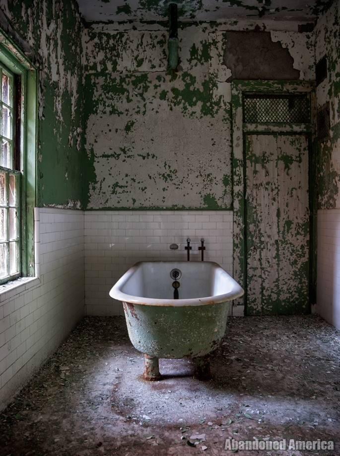 Bệnh viện tâm thần 'ma ám' ở Mỹ và chuyện có thật về nữ y tá giết người hàng loạt-4