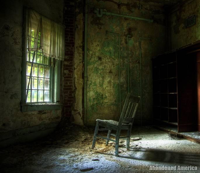 Bệnh viện tâm thần 'ma ám' ở Mỹ và chuyện có thật về nữ y tá giết người hàng loạt-9