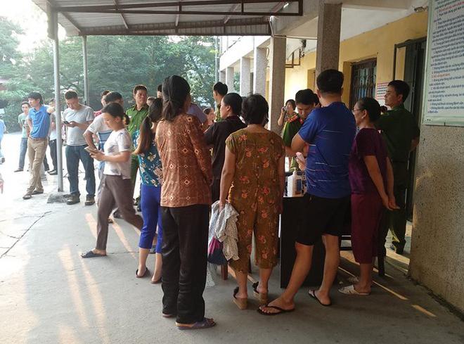 Hơn 250 học sinh tiểu học nhập viện nghi ngộ độc-2