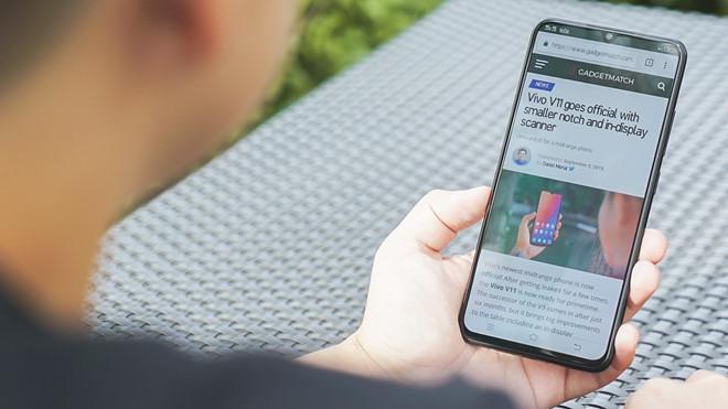 85% người Mỹ trưởng thành đọc báo, tin tức trên điện thoại-1