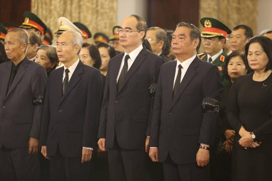 Xúc động lễ viếng nguyên Tổng Bí thư Đỗ Mười tại TP HCM-4