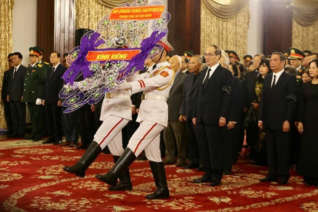 Xúc động lễ viếng nguyên Tổng Bí thư Đỗ Mười tại TP HCM-5
