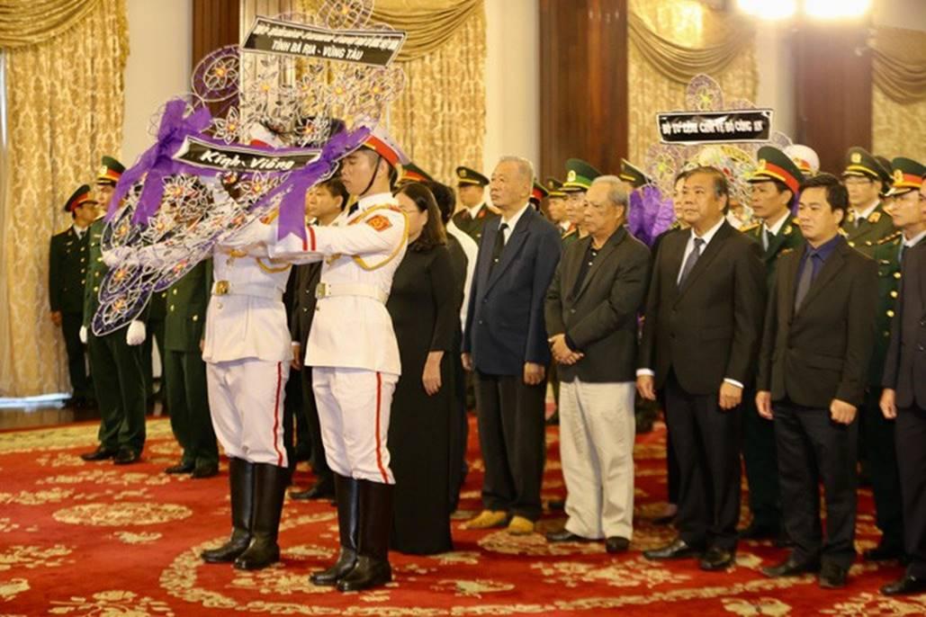 Xúc động lễ viếng nguyên Tổng Bí thư Đỗ Mười tại TP HCM-8