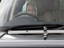 Nữ hoàng không có bằng lái xe nhưng bộ sưu tập xe hơi của bà khiến nhiều người phải choáng ngợp