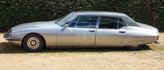 Nữ hoàng không có bằng lái xe nhưng bộ sưu tập xe hơi của bà khiến nhiều người phải choáng ngợp-3