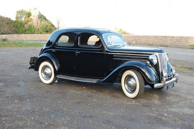 Nữ hoàng không có bằng lái xe nhưng bộ sưu tập xe hơi của bà khiến nhiều người phải choáng ngợp-14