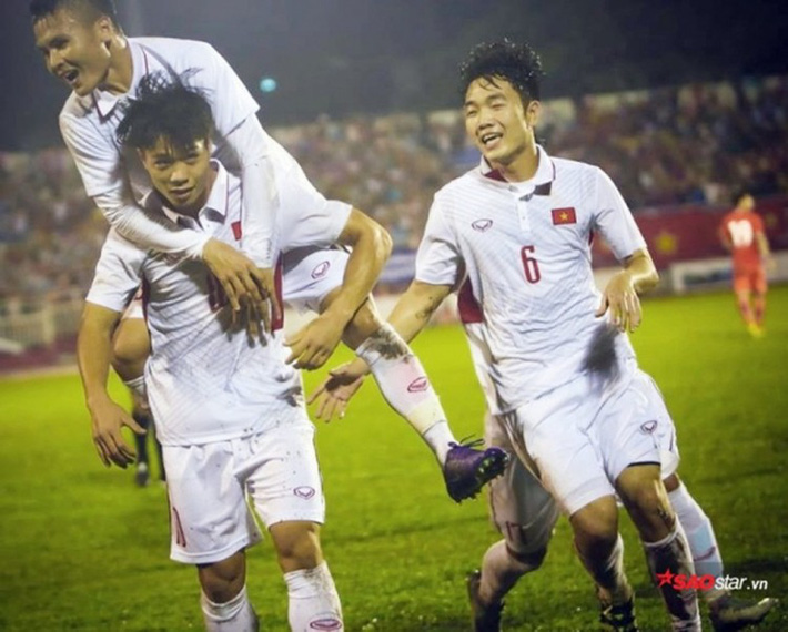 Thầy Park gạch một loạt ngôi sao, chọn 9 cầu thủ CLB Hà Nội-2