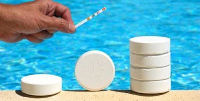 19 người nguy kịch do tiếp xúc với clo tại một hồ bơi ở California, chuyên gia khuyến cáo giải pháp an toàn khi đi bơi-2
