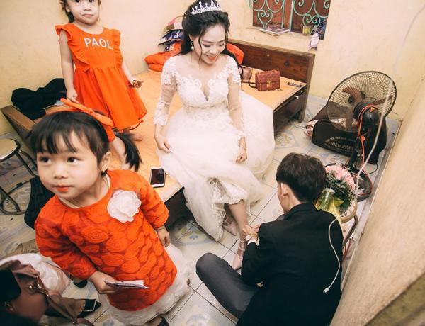 Chú rể trẻ Lạng Sơn khóc như một dòng sông dắt tay cô dâu trong ngày cưới-8