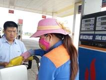 Xăng dầu đồng loạt tăng giá mạnh, vượt đỉnh 22 ngàn/lít