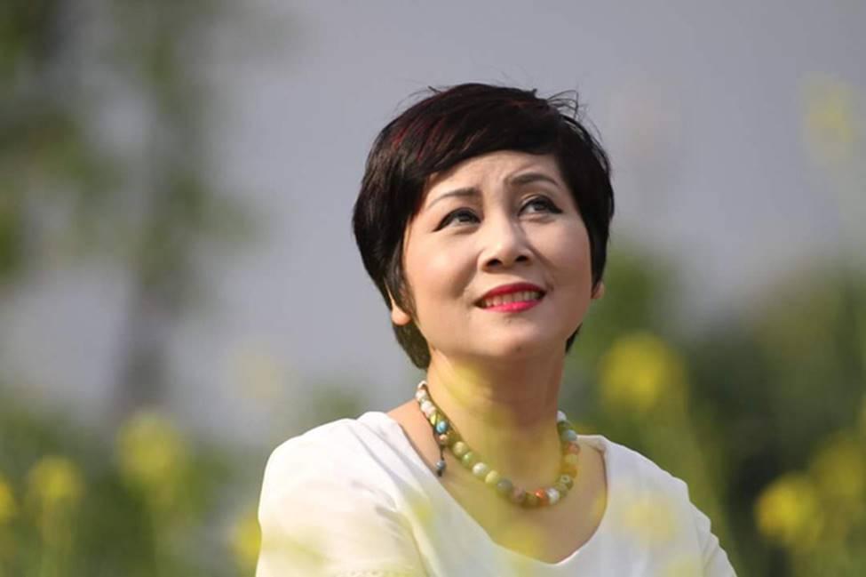 Nghệ sĩ Minh Hằng đau đớn khi chứng kiến NSND Anh Tú ốm nặng, tiều tuỵ nằm trong phòng bệnh-2