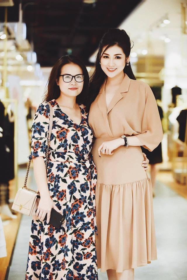Ngắm nhan sắc và style của các bà mẹ mới hiểu vì sao các bông Hậu của Vbiz lại xinh đẹp duyên dáng đến vậy-25