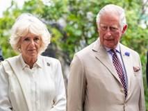 """Sau cuộc khẩu chiến nảy lửa với em dâu, bà Camilla ra tay """"trả thù"""" trong đám cưới hoàng gia sắp tới bằng hành động không ai dám làm"""
