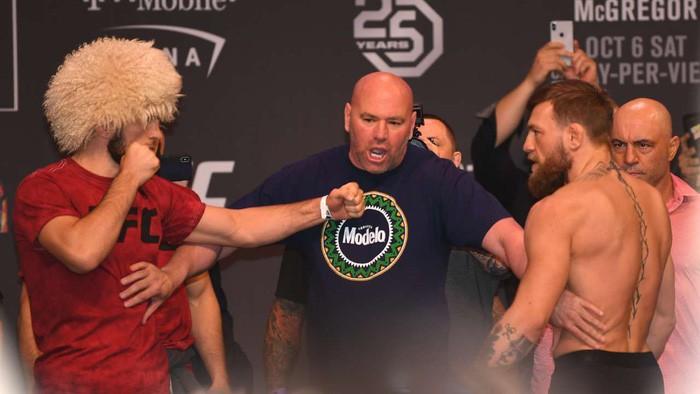 Gã điên McGregor thua đau trong lần tái xuất, tạo ra vụ ẩu đả chưa từng có trong lịch sử UFC-1