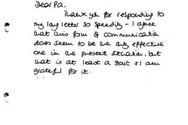 Hé lộ nhiều điểm bất ngờ trong những lá thư tay giữa Công nương Diana và bố chồng-2