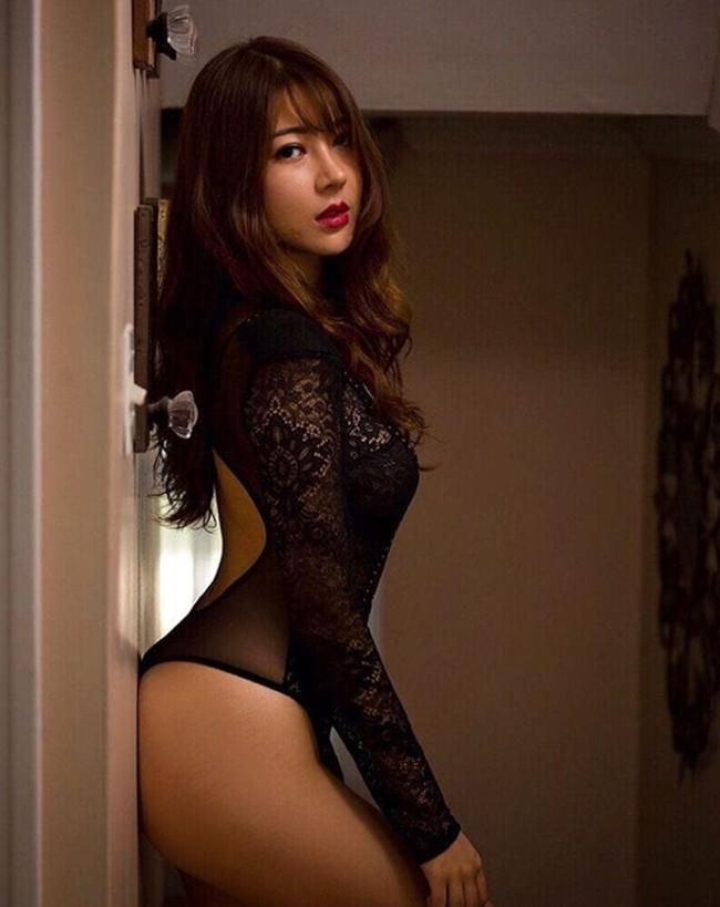 Những tấm lưng gãy nhìn là mê của các người đẹp Á châu-3